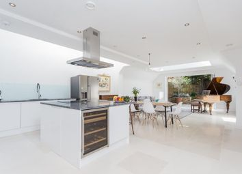 Thumbnail 5 bed property for sale in Finlay Street, Fulham, London