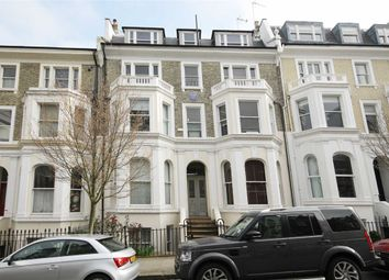 Thumbnail 1 bed flat to rent in Campden Hill Gardens, London
