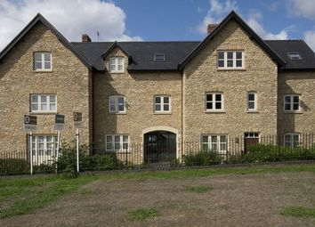 Thumbnail 1 bed flat for sale in Oxford Road, Brackley