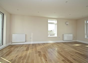 Thumbnail 1 bed flat to rent in Mantle Street, London