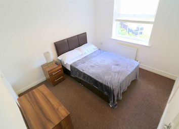 Thumbnail 6 bed shared accommodation to rent in Croyland Drive, Elstow, Bedford