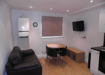 Thumbnail 3 bed flat to rent in Belle Vue Road, Leeds, West Yorkshire