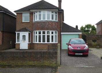 Thumbnail 3 bed detached house to rent in Graydon Avenue, Chichester