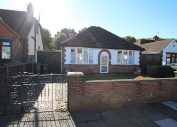Thumbnail 3 bed detached bungalow to rent in Lynwood Avenue, Luton
