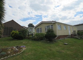 The Drive, Court Farm Road, Newhaven BN9. 2 bed mobile/park home