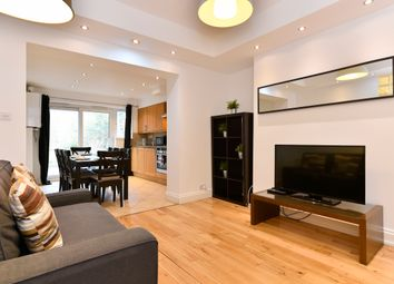 Thumbnail 3 bedroom flat to rent in Rochester Road, London
