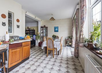 Thumbnail 3 bed property to rent in Grand Avenue, Surbiton