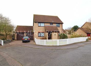 Thumbnail 4 bedroom detached house for sale in Greenfinch End, Longridge Park, Colchester