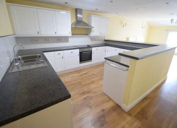 Thumbnail 2 bedroom flat to rent in Queen Street, Hadleigh, Ipswich