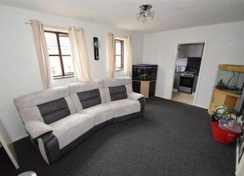 Thumbnail Flat to rent in Shelmerdine Rise, Raunds, Wellingborough