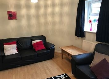 3 bed flat to rent in St Michael's Crescent, Headingley, Leeds 3Al, Headingley, UK LS6