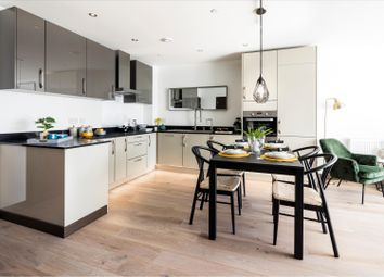 Thumbnail 2 bed flat for sale in Apartment 32, Victoria Avenue, Southend-On-Sea, Essex