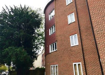 Thumbnail 2 bed flat to rent in Maypole Road, East Grinstead