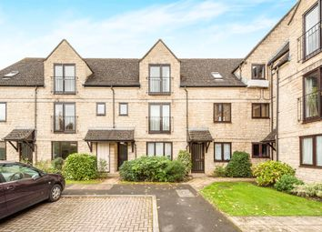 Thumbnail 1 bedroom flat for sale in Beechgate, Witney
