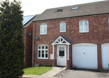 4 bed semi-detached house to rent in Lake View, Pontefract WF8