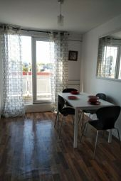 Thumbnail 4 bed flat to rent in Westwick, Chesterton Terrace, Kingston