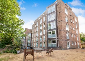 Thumbnail 2 bed flat to rent in Cumberland Gardens, St. Leonards-On-Sea