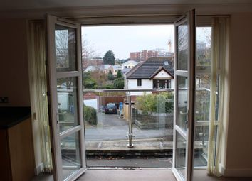 Thumbnail 2 bedroom flat to rent in Birds Hill Road, Poole