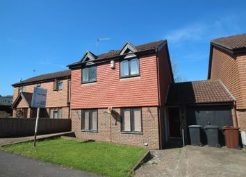 Thumbnail 3 bed detached house for sale in Holmsdale Close, Durgates, Wadhurst