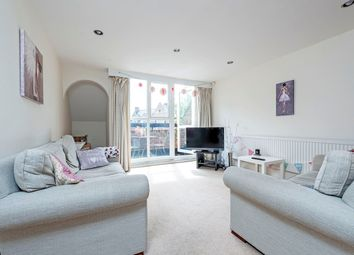3 bed maisonette to rent in Althorpe Mews, Althorpe Mews, Battersea Square SW11