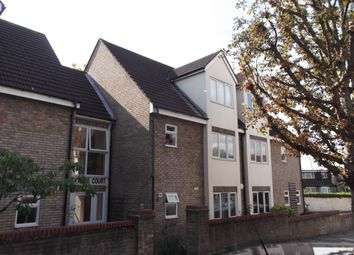Thumbnail 3 bed duplex to rent in 16 Hillside Court, Friern Barnet