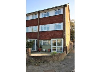 Thumbnail 3 bed town house for sale in Buckden Close, Lee