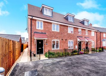 Thumbnail 3 bed town house for sale in Darwin Croft, Flitwick, Bedford