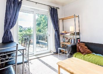 Thumbnail 3 bedroom flat to rent in Upper Tollington Park, London