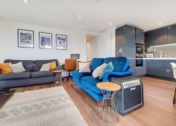 Thumbnail Flat for sale in Spectrum Way, London