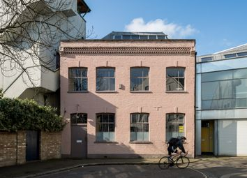 5 Bedroom Mews house for sale