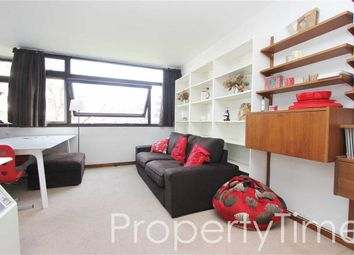 Thumbnail 1 bed flat to rent in Golden Lane Estate, Barbican, London