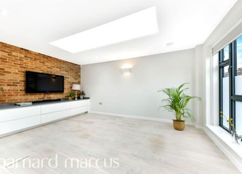 Thumbnail 2 bedroom terraced house for sale in Askew Crescent, London