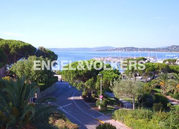 Thumbnail 2 bed apartment for sale in Roquebrune-Sur-Argens, France