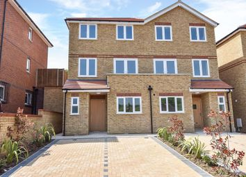 Thumbnail 4 bedroom town house to rent in High Wycombe, Buckinghamshire