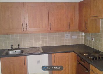 Thumbnail 1 bed flat to rent in Ealing, London