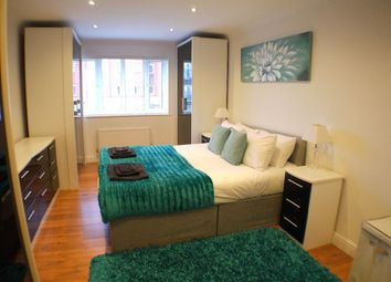 Thumbnail 2 bed flat to rent in Oakland Quay, London