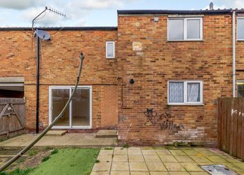 Thumbnail 4 bed property to rent in Steeplehall, Basildon