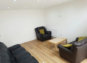 Thumbnail 5 bed flat to rent in St. Pauls Square, Preston, Lancashire