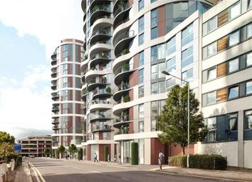 Thumbnail 2 bedroom flat for sale in Barking, Cambridge Road