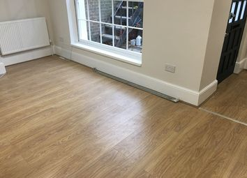 Thumbnail 2 bed flat to rent in Barnsbury Road, Angel
