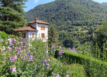 Thumbnail 4 bed villa for sale in Dizzasco, Como, Lombardia