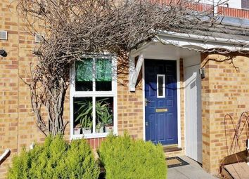 Thumbnail 2 bed town house to rent in Burdetts Rd, Dagenham