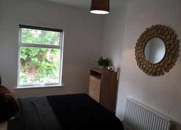 Room to rent in Wilderspool Causeway, Warrington WA4