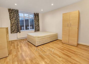 Thumbnail 1 bedroom flat to rent in Park Street, Luton