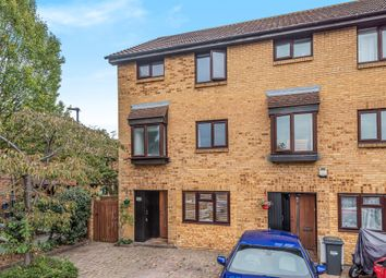 Thumbnail 4 bed town house for sale in Brookside Close, Feltham