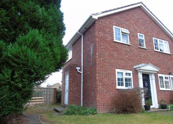 Thumbnail 1 bedroom maisonette to rent in Ray Lea Road, Maidenhead
