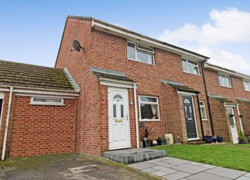 Maynard Close, Thatcham RG18. 3 bed terraced house for sale