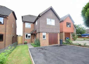 Thumbnail 4 bed detached house to rent in Parish Piece, Holmer Green, High Wycombe