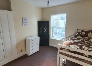 Thumbnail Room to rent in Henshaw Road, Small Heath, Birmingham