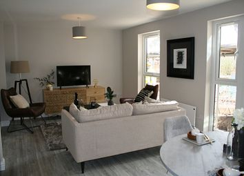 Thumbnail 2 bedroom flat for sale in Chalk Pit Lane, Dorking